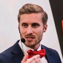 Juha Matti Karhapää