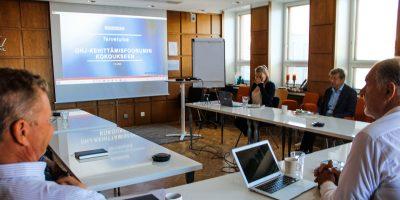 Omistajien, hallituksen ja johdon -kehittämisfoorumissa jaetaan tuoreimpia akateemisia oppeja päätöksenteon tueksi