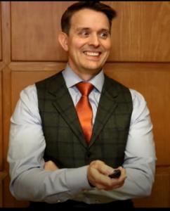 Toni Keskinen, Käännekohta konsultointi